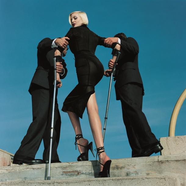 Vogue shoot, © Estate of Helmut Newton / Maconochie Photography
